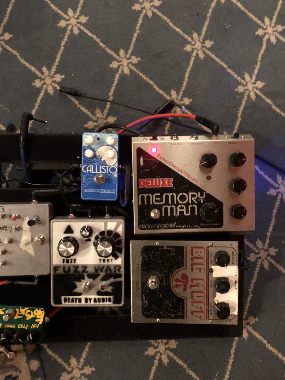 New pedals for new sounds - thanks to Thom...