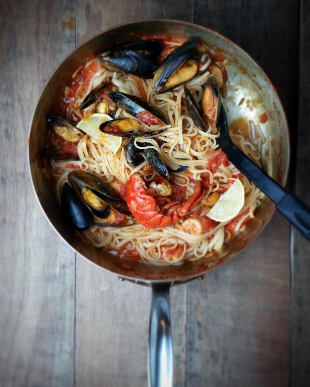 Seafood-Linguini.jpg