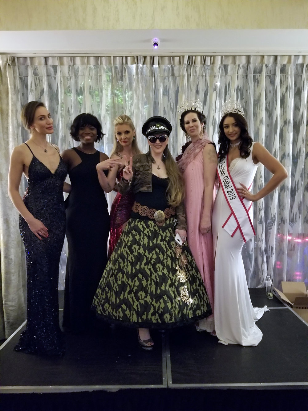 Being a designer, Madam Chebës never hesitates to show her unique style at any moment. Its part of her life! See her here with all the stunning female contestants!