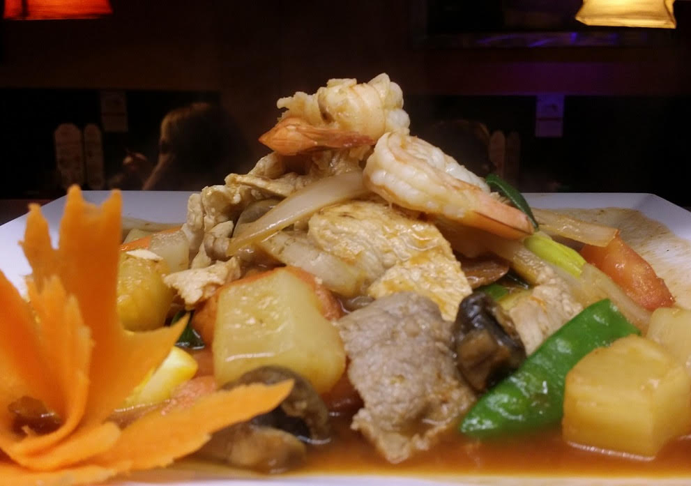 Sweet & Sour - Sautéed Tomato, Cucumber, Pineapple, Carrot, Onion, Baby Corn, Mushroom  and Snow Pea in Sweet & Sour Sauce.
