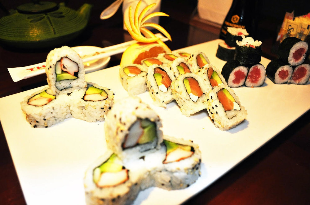 Hosomaki Combo - Combination of three Rolls: California Roll, Tuna Roll and J.B Roll.