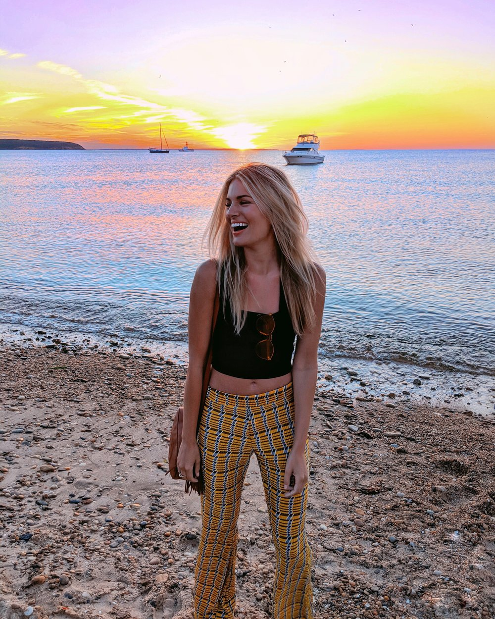 Clueless in the Hamptons - Similar pants found hereand here(on sale)Shirt found here(LITERALLY, this is my favorite tank of the summer)Shades found here(LITERALLY, I was given these at a party but these are the exact same)