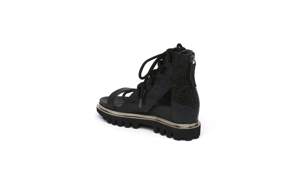 rico-boot-black-angle-in.jpg