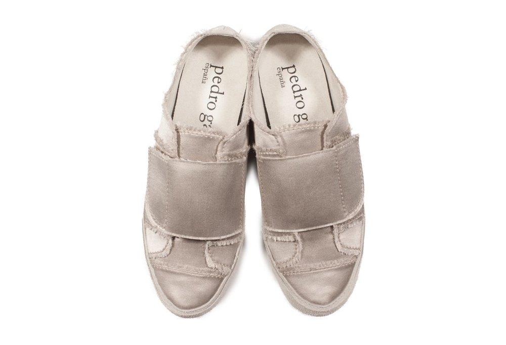 pedro-garcia-satin-sneaker-grey-palmira-i17-front.jpg