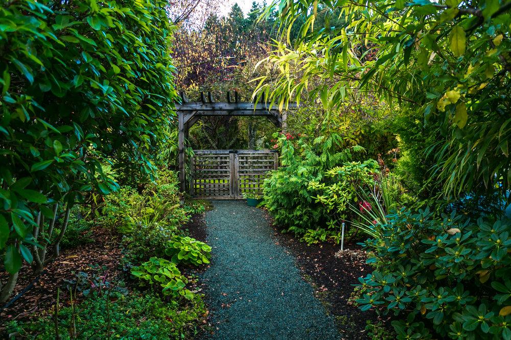 Side Gate.jpg