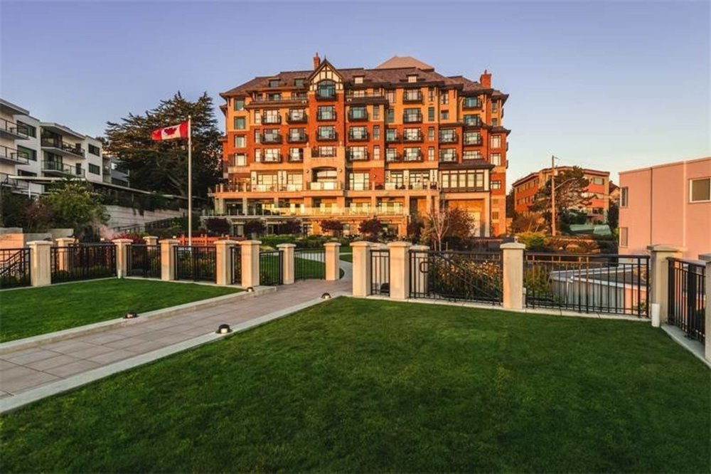 An exterior view of Oak Bay Beach Hotel Private Residences Christies's International Realty