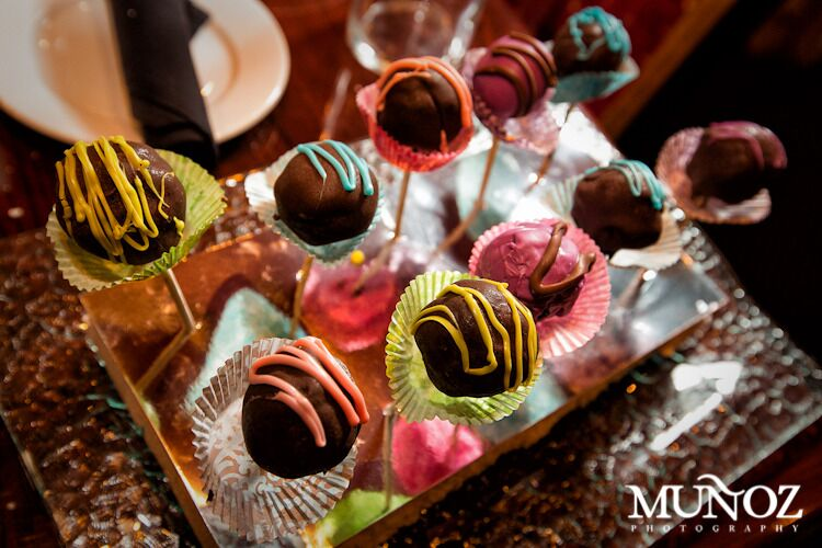 Mini Cake Pops.jpg