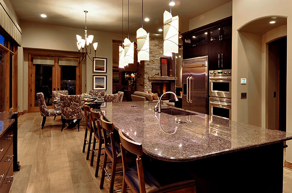 LA_Home_Builders_Lincoln_Nebraska_DreamKitchens_Real_600x398.jpg