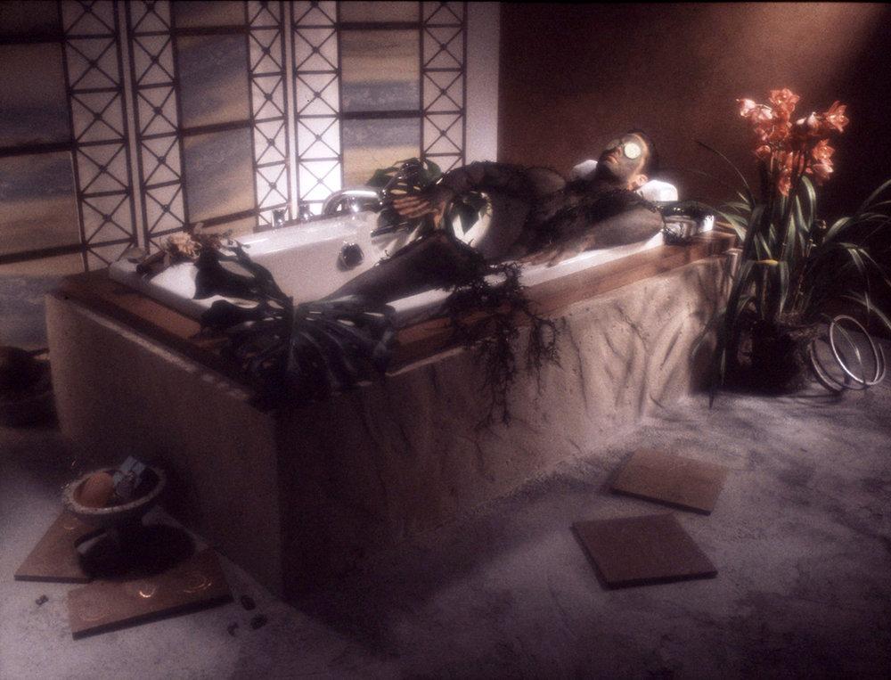 bathtubguy1500.jpg