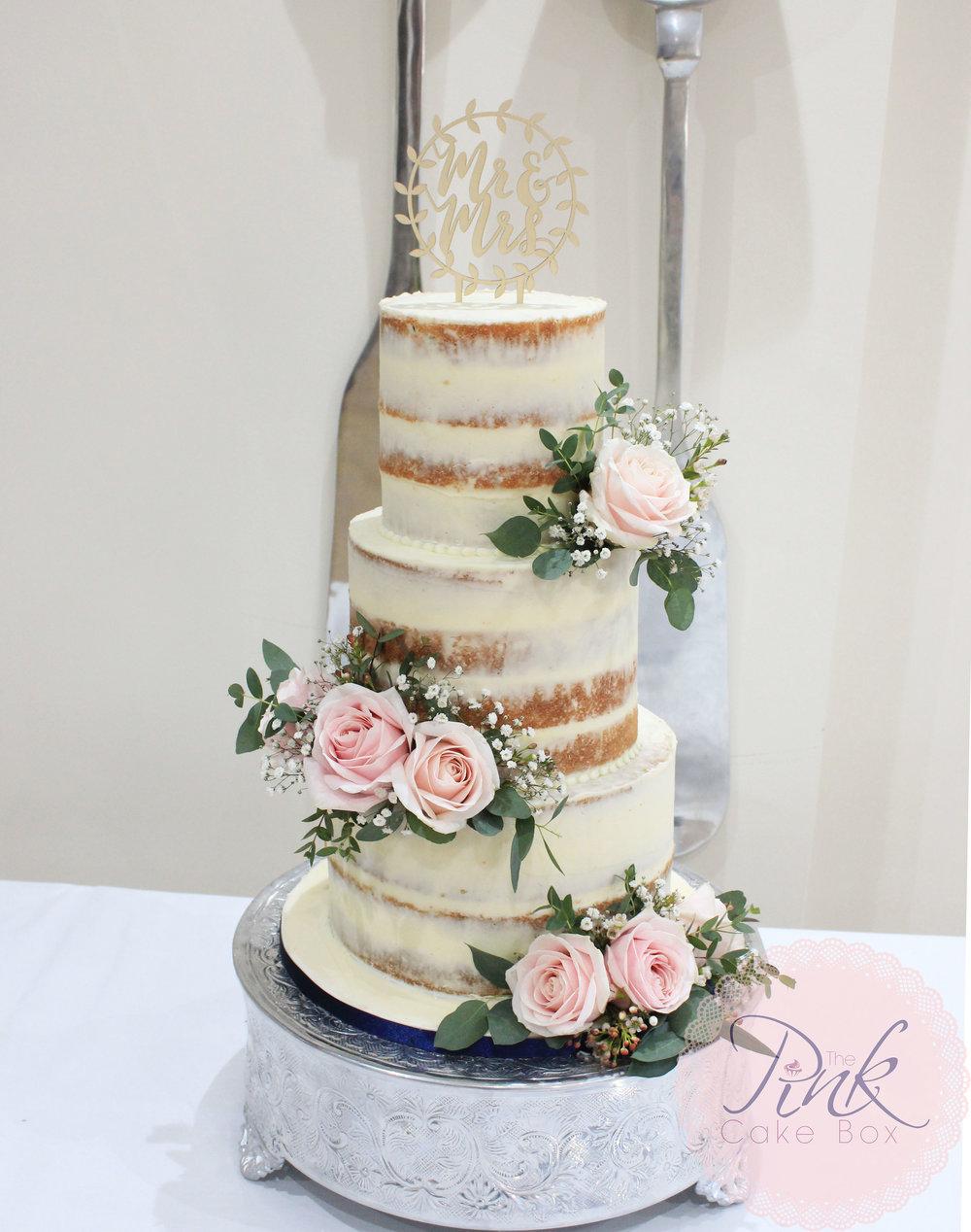 Attractive Wedding Box Cake Crest - Wedding Idea 2018 ...