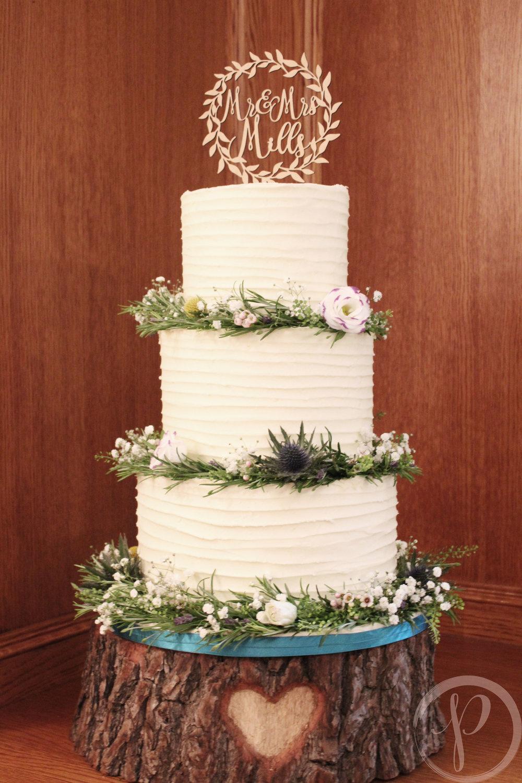 wild flower garland buttercream wedding cake.jpg