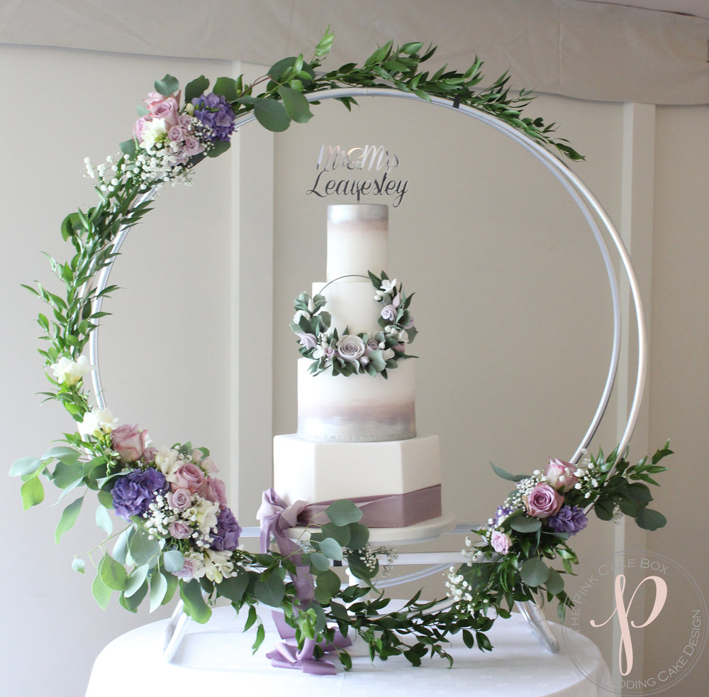 amazing hoop wedding cake hexagon silver lilac.jpg