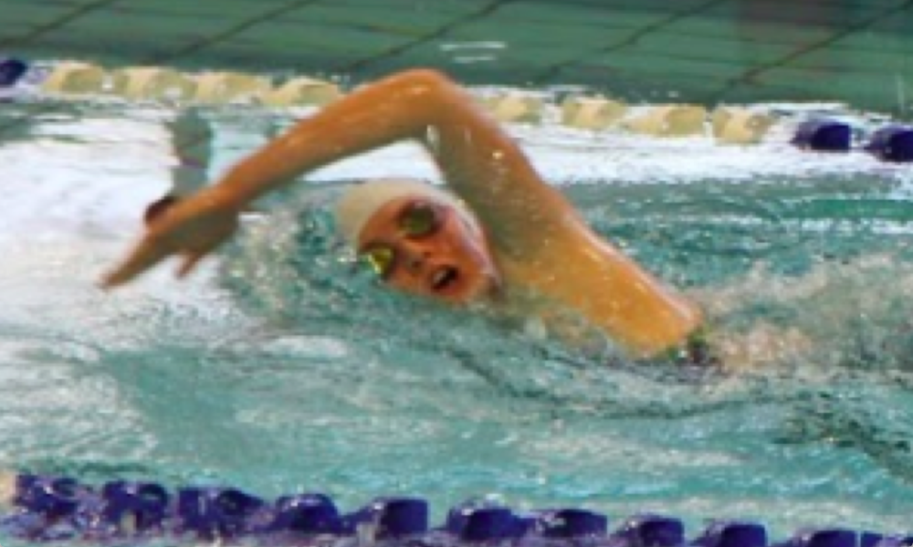 Despite her injury Claire Z was able to push through her last race of the season, her 200 meter freestyle.  (image supplied)