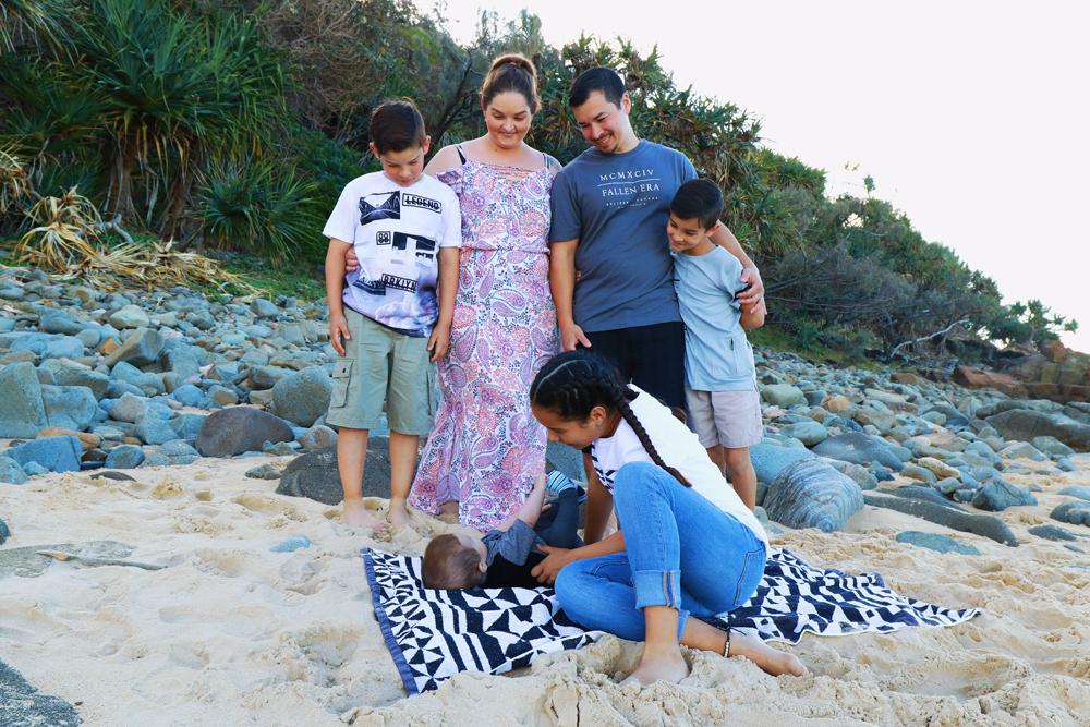 Mel-&-Family_For-Web_#1.jpg