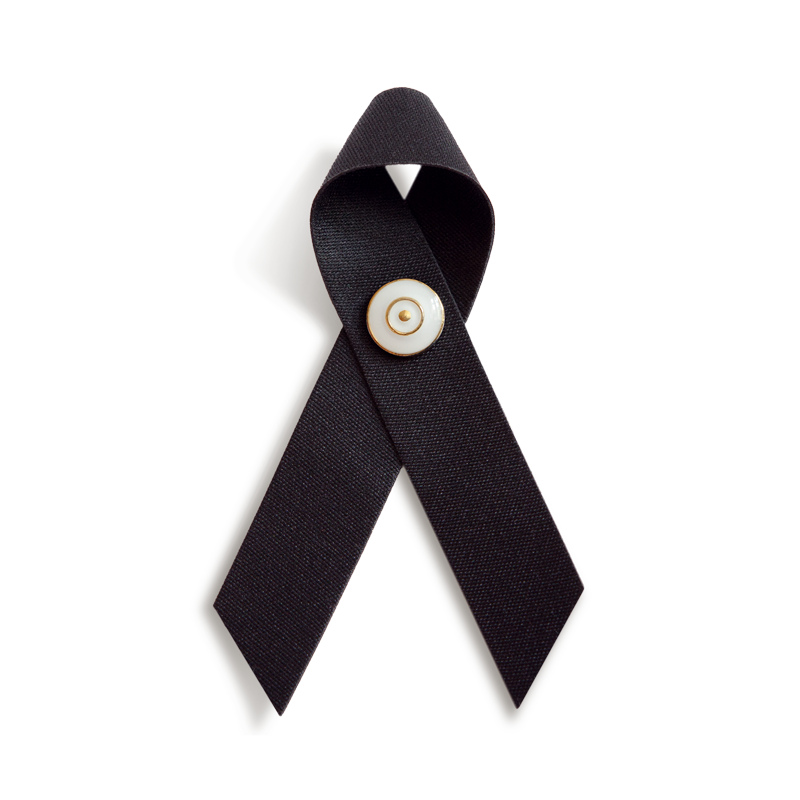 TRAUERSCHLEIFE° schwarz mit TRAUERNADEL weiß/gold * MOURNING RIBBON° black and MOURNING PIN° white/gold