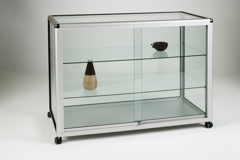 12_Straight Display Counter Glass.jpg