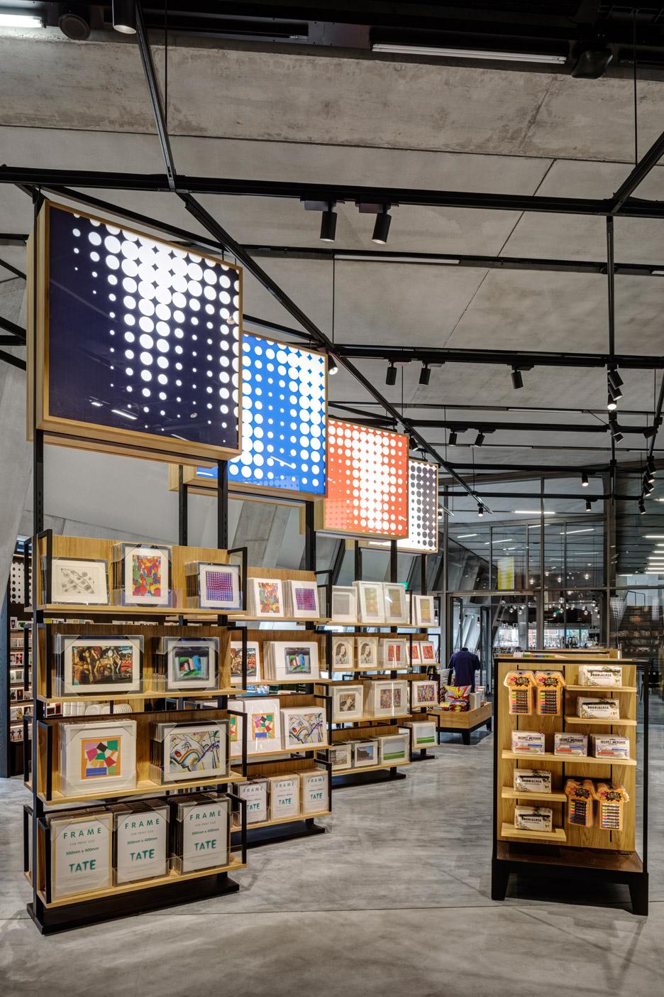 creative-retail-displays