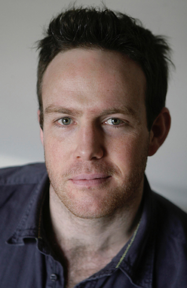 LUKE BARCLAY-AUTHOR PHOTO.jpg