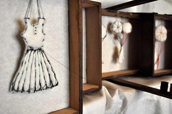 Griet Herssens - Griet Herssens integreert in haar werk een combinatie van textiel, media, fascinatie voor beweging en het menselijk lichaam.