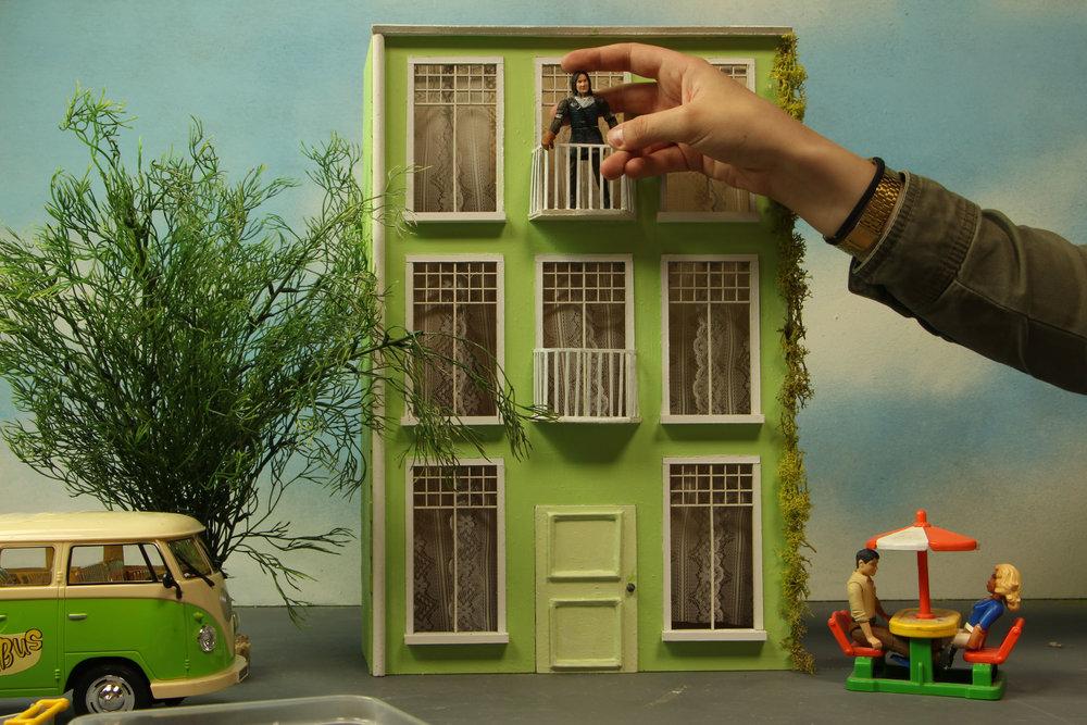 Koen Vromman - Vroem Vroem animatie neemt bij voorkeur het volledig proces in handen. Van beginidee tot concept. Van scenario tot storyboard. Van animeren tot post-productie.