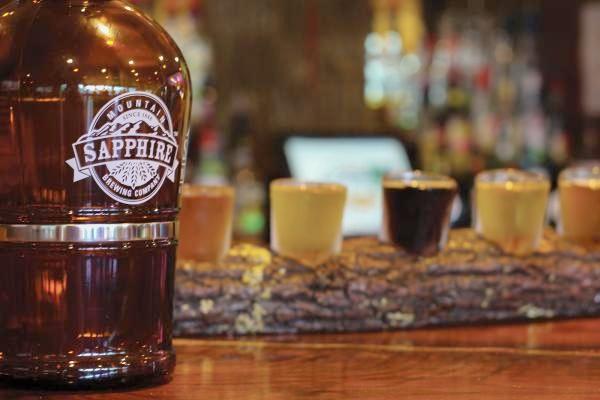 growler-sapphire_mountain_brewing-sapphire-nc (1).jpg