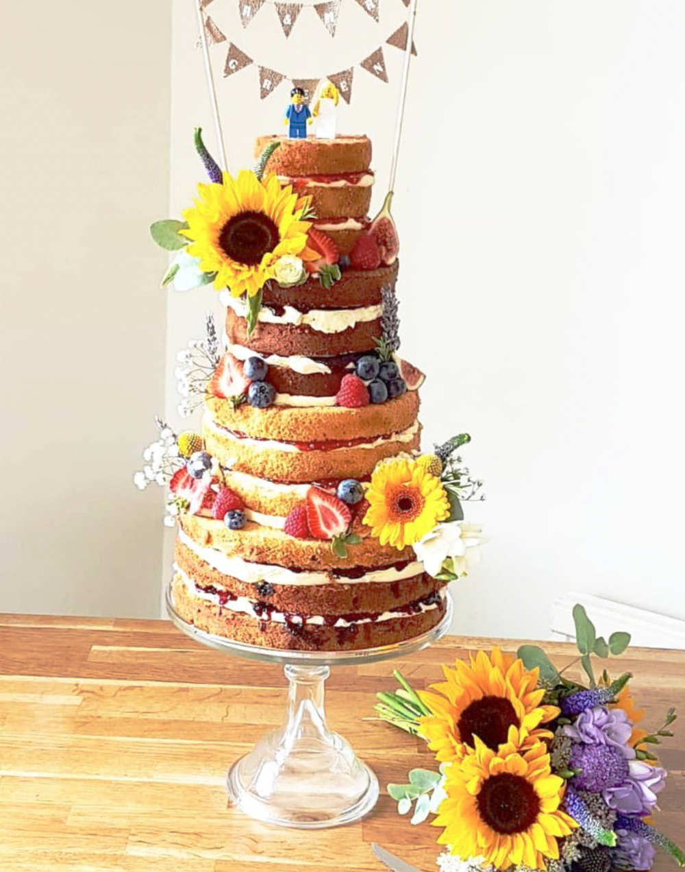 DOTTY ROSE CAKE DESIGN 4 TIER NAKED WEDDING CAKE