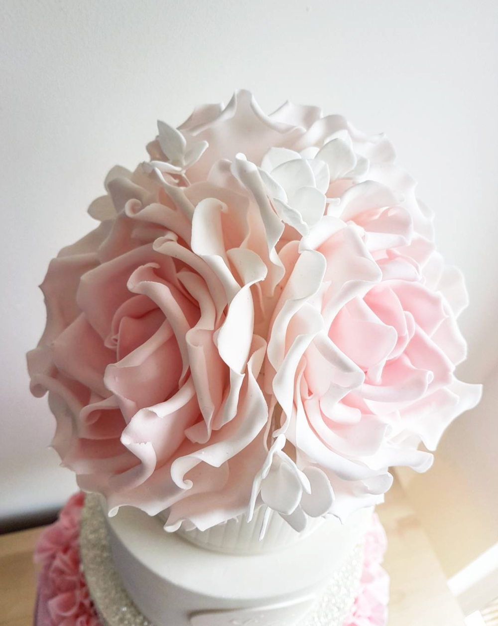 DOTTY ROSE CAKE DESIGN SUGARCRAFT FLOWERS PEONIES.png