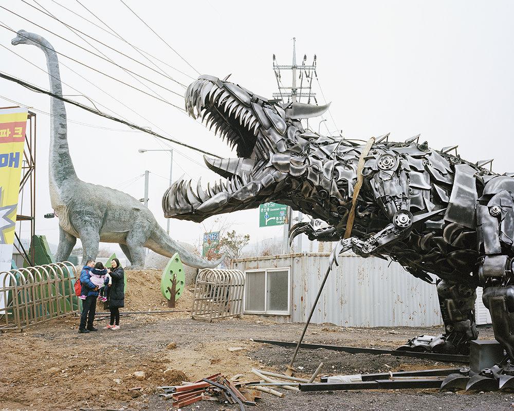 12 Dinosaur Theme Park_2018.jpg