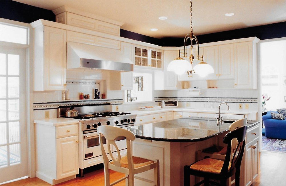 Bright kitchen with white cabinets and kitchen island