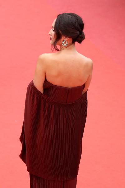 Nicole+Warne+Slack+Bay+Ma+Loute+Red+Carpet+fb_Bvm0yDsul.jpg