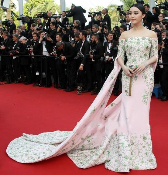2017-Fan-Bingbing-68e-Festival-de-Cannes-Celebrity-Robes-Long-Train-Sans-Bretelles-Broderie-Sir-ne.jpg