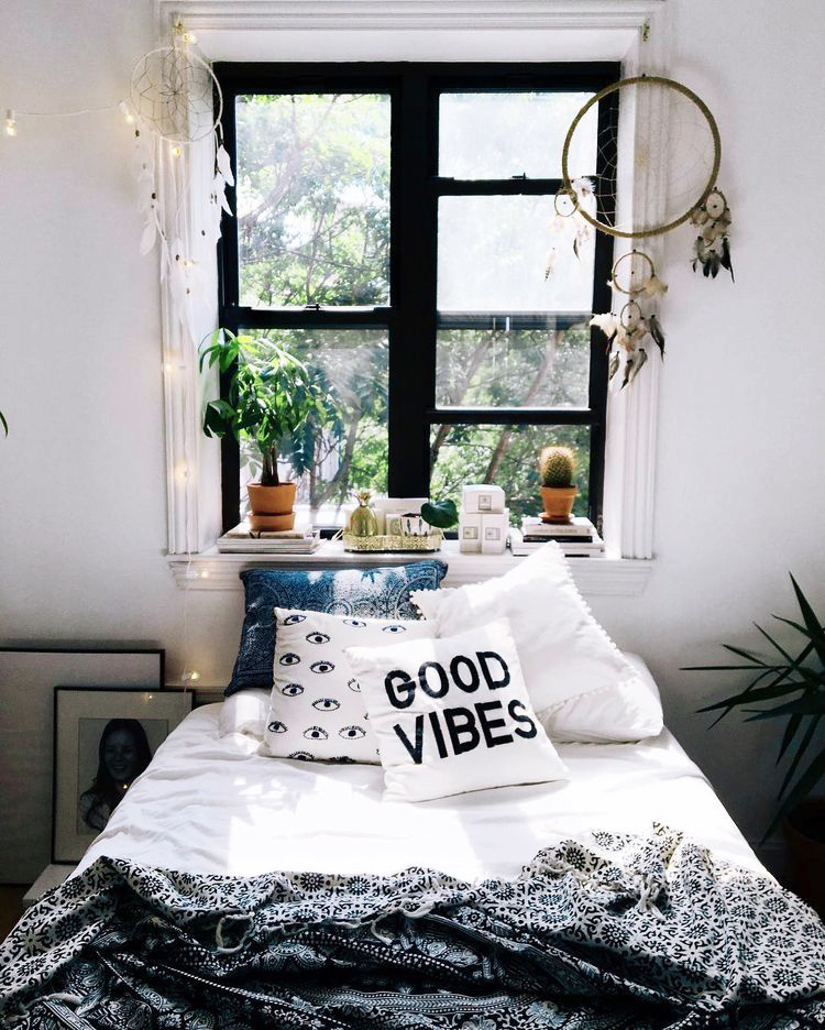 good-vibes-pillow.jpg