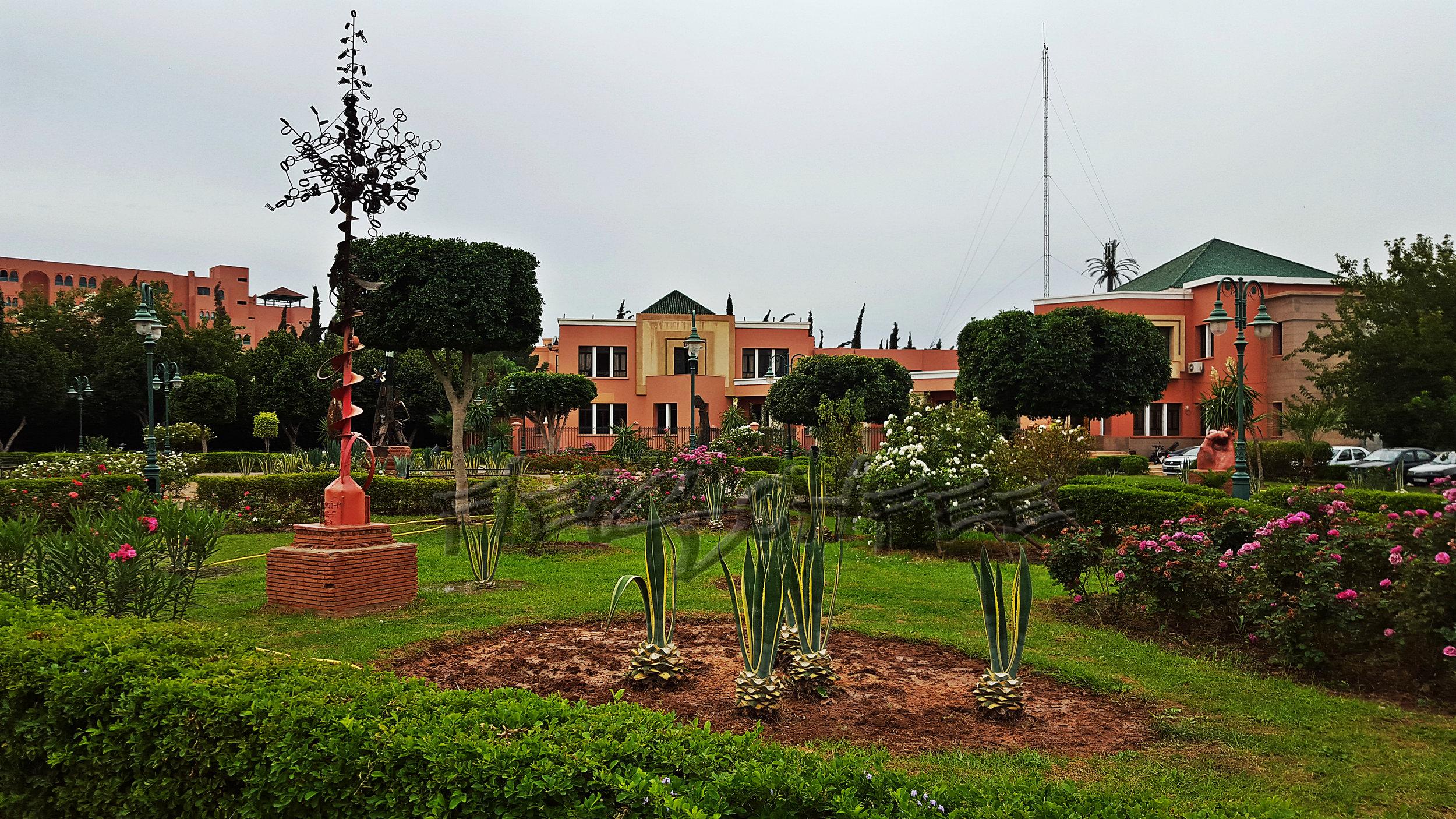 Garten weg menara mall