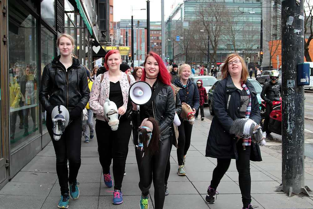 3.1.2.7-WIFT-Nordic-presents-Hobbyhorse-Revolution-Girl-talk-cShawket-Alzare.jpg.300dpi.jpg (1).jpg