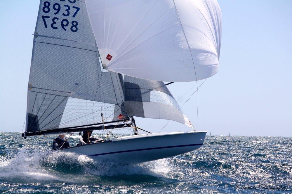 Glaser 505 Sails.jpg