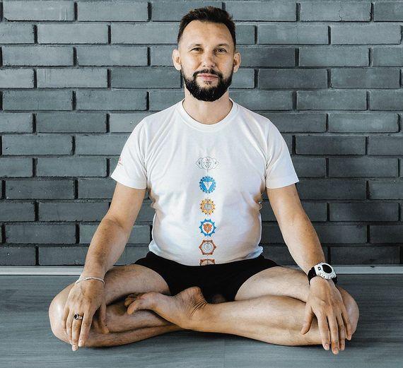 Сергей Угрюмов - мастер класс йога Айенгара в центре Йога Практика Нижний Новгород