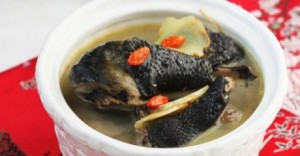 Black-Chicken-Soup-With-Glutinous-Rice-Wine-460x240