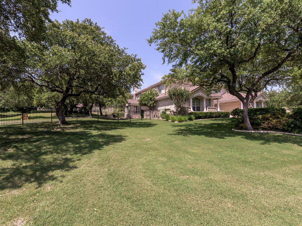 6017 Pirun Ct Austin TX 78735-MLS_Size-003-8-Side Yard-1024x768-72dpi.jpg
