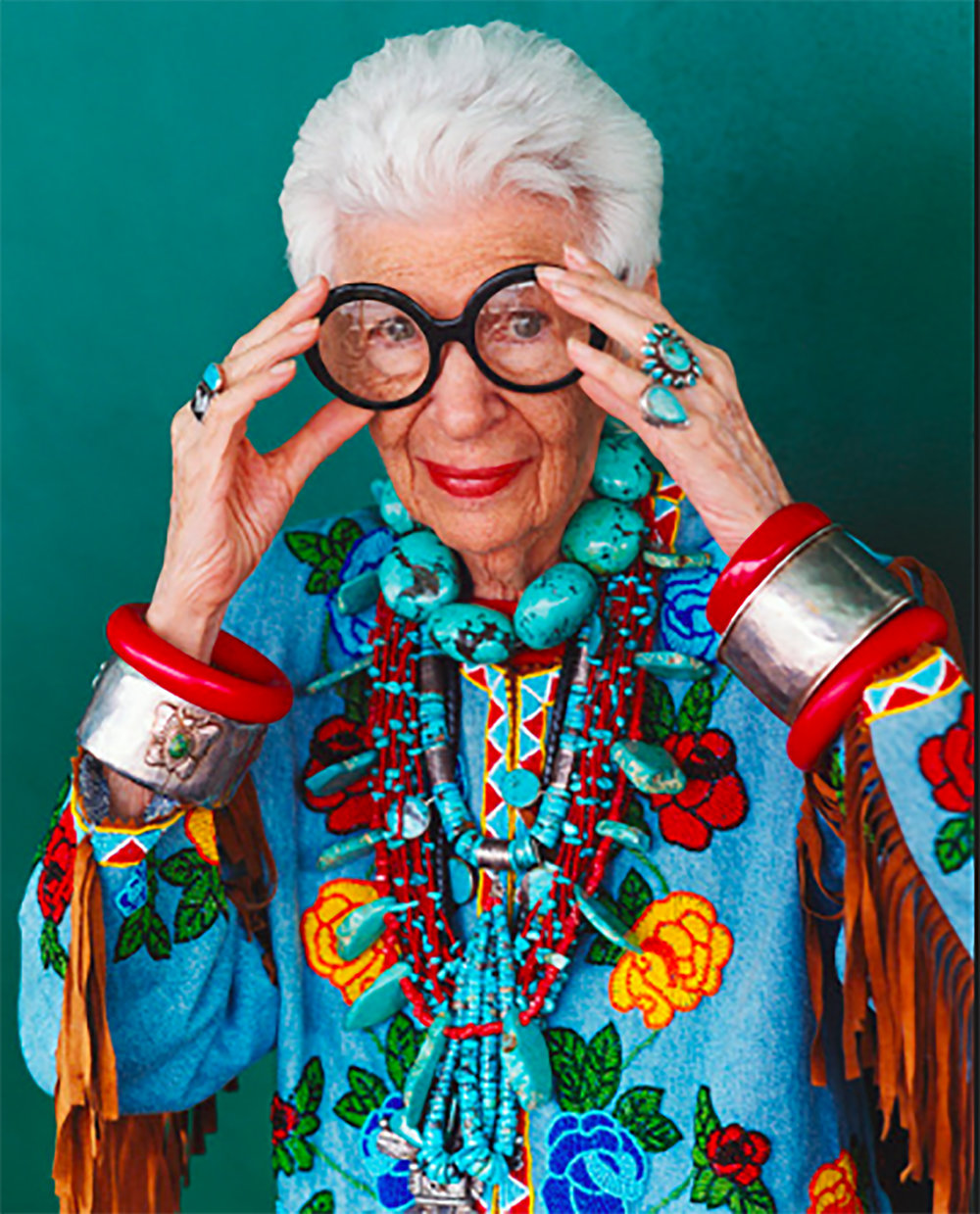 - Iris (2014)Iris Apfel who is 93, has been for decades a well known interior designer with her husband for the White House and other prestigious places. Get to know the quick-witted, flamboyant maven who has had an outsized presence on the New York fashion scene for decades.  She is fashionable at any age and loves to shop everyday.