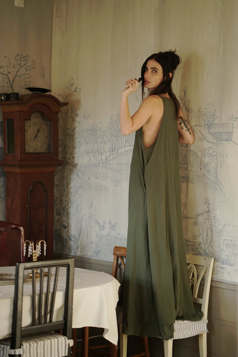 Photographer: Linnéa Wilhelmsson  Model: Sara Larocca Ramm  Wardrobe: Amarylis Dress in Olive by Sisters of the Black Moon