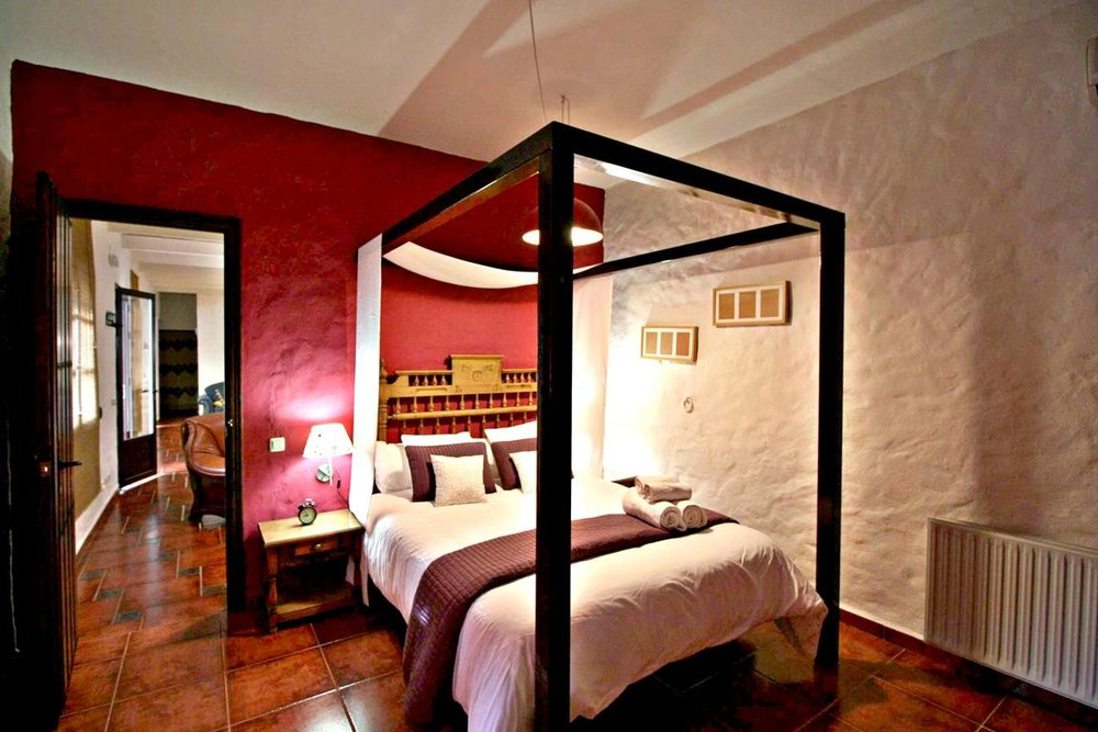 02Bed room Grazalema Retreat Center .jpg