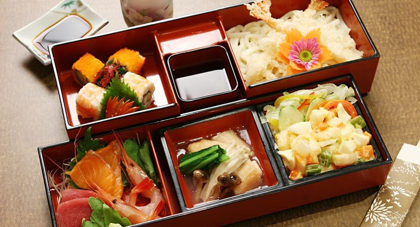 Best-Japanese-Foods-830x450.jpg