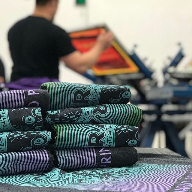 Did you know we run a wholesale screen printing shop too? We offer screen printing and embroidery to our fam across the nation . Hit us up for your new custom merch. #tshirt #custom #maker #craft #screenprinting #embroidery #b2b #customclothing #albuquerque #burque