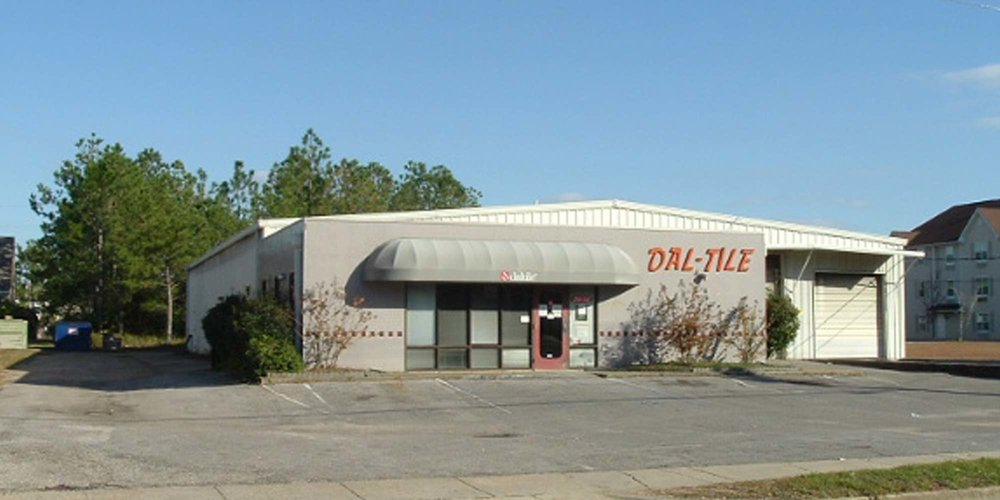 1025 Montlimar Boulevard - COMMERCIAL RETAIL7,500± square foot office/showroom/warehouse facility.Tenant: Fox Appliance