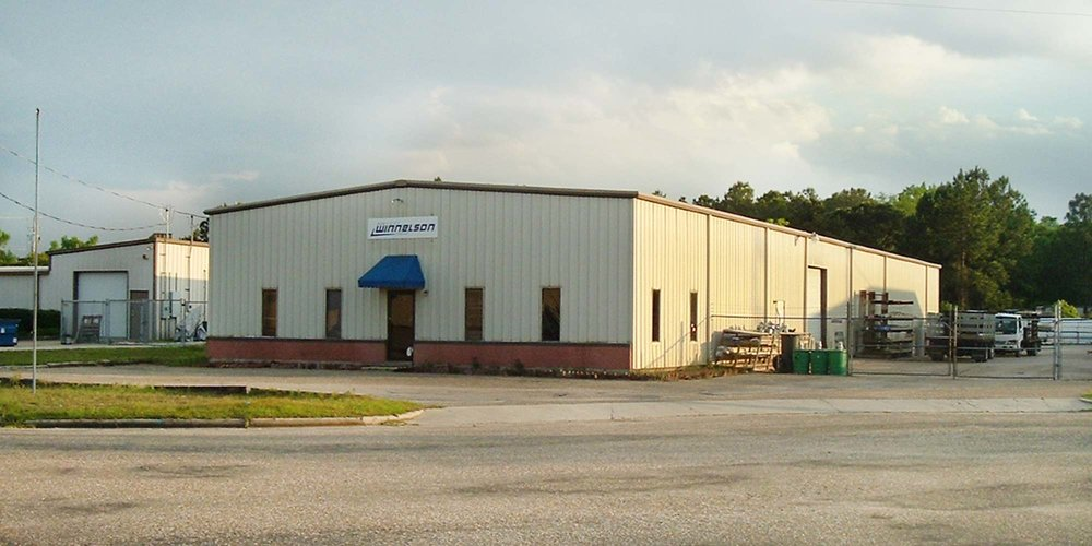 1618 Industrial Park Drive - WAREHOUSEA 7,500± square foot office/warehouse located in Industrial Park South.Currently 100% occupied.Tenant: Port City Winnelson