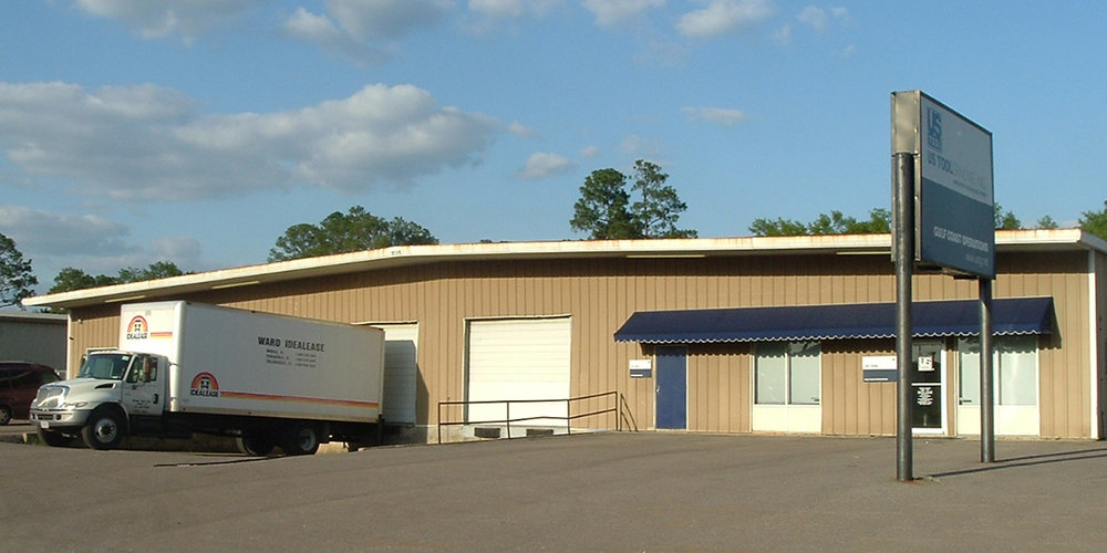 3349 Halls Mill Road - WAREHOUSEA 14,400± square foot office/warehouse located at the intersection of Interstate 65 and Halls Mill Road. The building is 100% occupied.Tenants: First Coastal Exteriors, Refrigeration Solutions