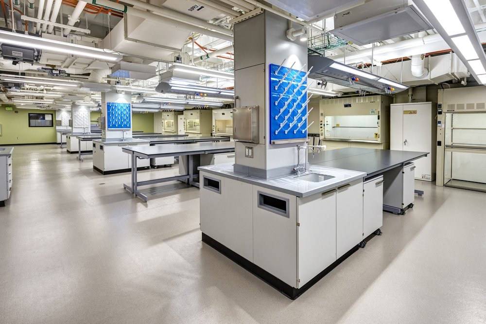 College & University - Higher Education Laboratories