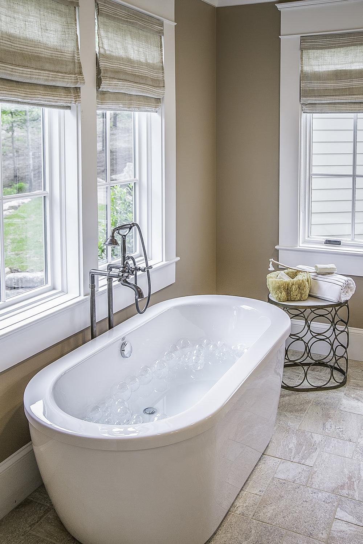 Master Bath-015.jpg