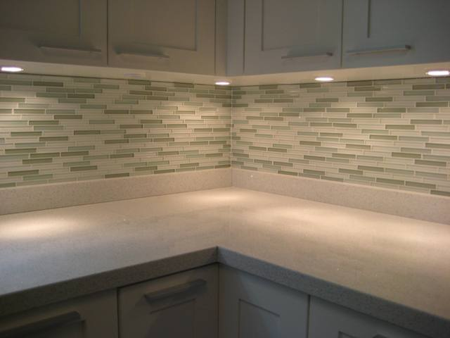 Kitchen glass-tile-backsplash.jpg