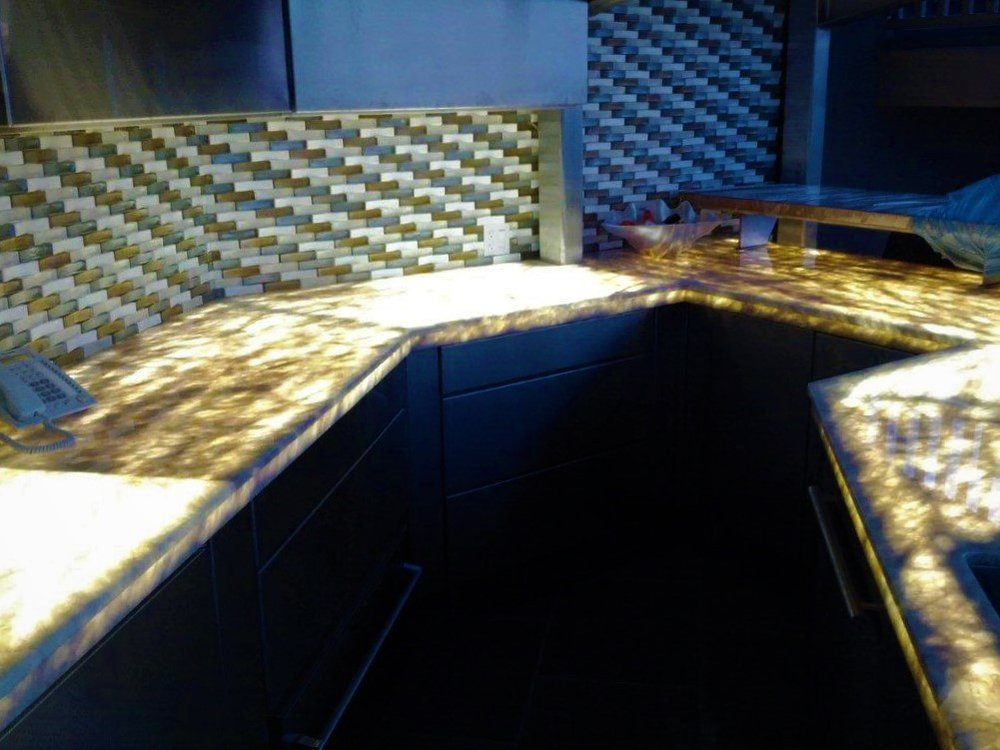 Outdoor bar underlight quartz countertop glass mosaic backsplash.jpg